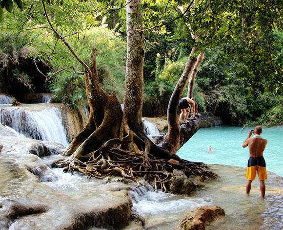 بالصور: أجمل حمامات السباحة الطبيعية حول العالم 3-3970.jpg