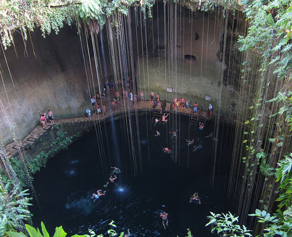 بالصور: أجمل حمامات السباحة الطبيعية حول العالم 4-3615.jpg