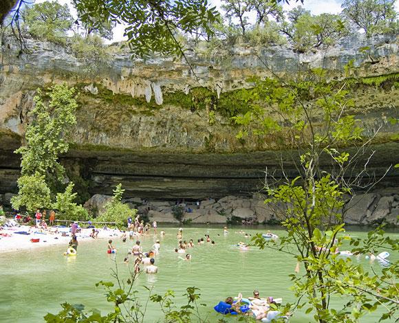 بالصور: أجمل حمامات السباحة الطبيعية حول العالم 7-2141.jpg